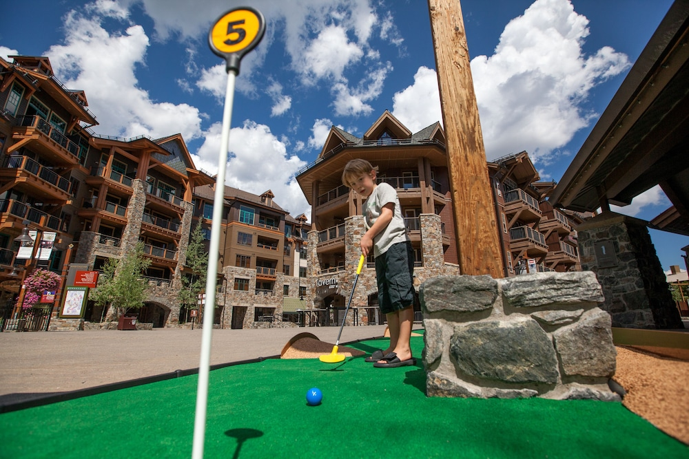 Mini-Golf, Tahoe Mountain Lodging