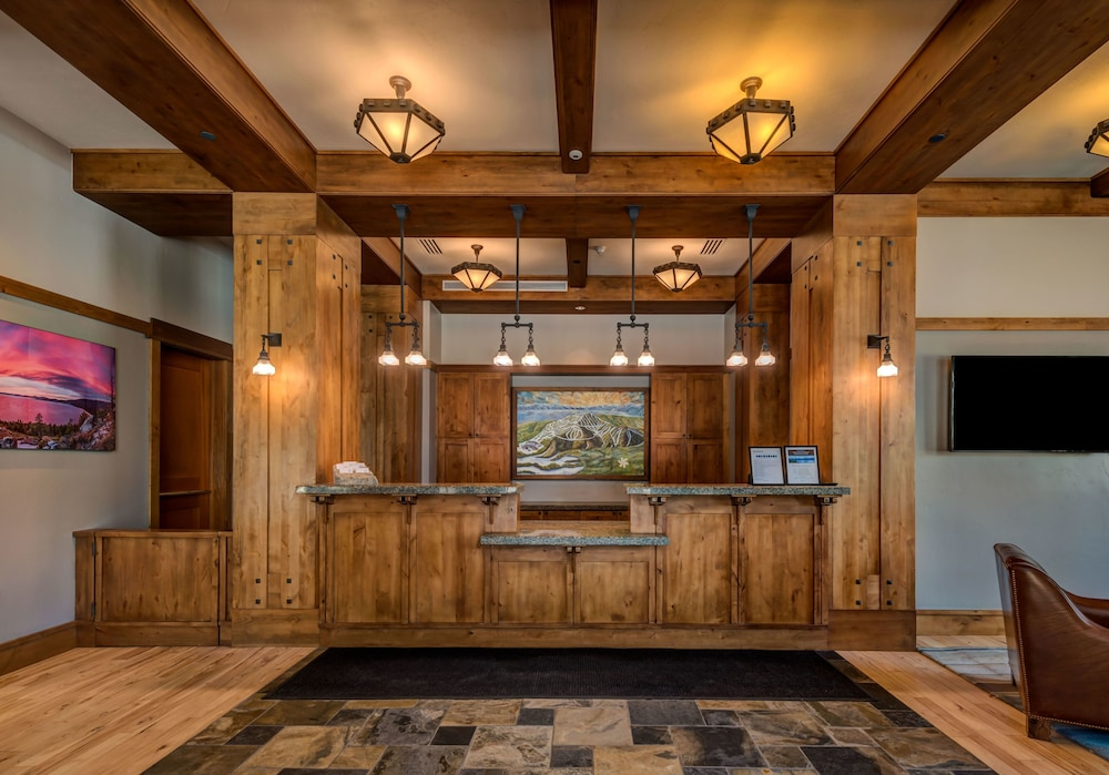Reception, Tahoe Mountain Lodging