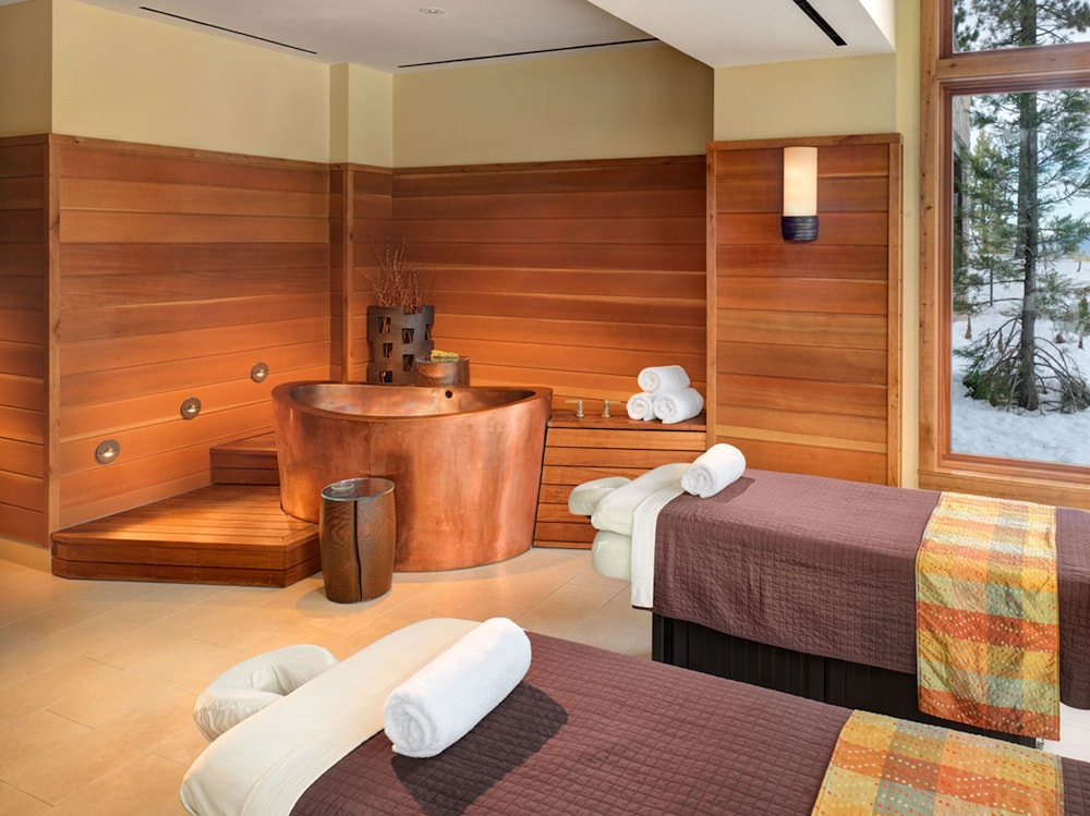 Treatment Room, Tahoe Mountain Lodging