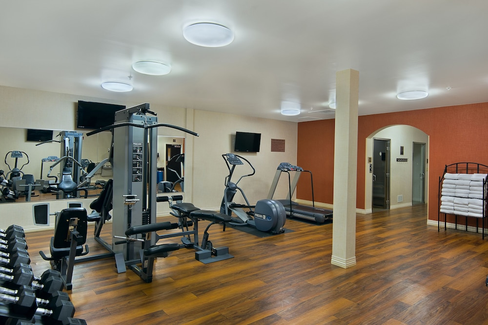 Fitness Facility, Oxford Suites Boise