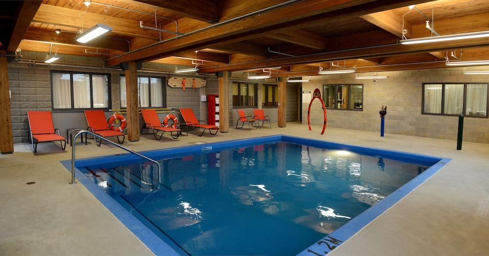 Hotel & Suites Le Dauphin Quebec in Quebec | Hotel Rates