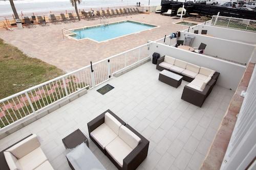 Daytona Beach Hotels  Find Deals On Hotels In Daytona