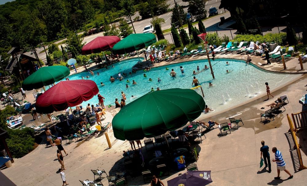 Great Wolf Lodge In Niagara Falls Hotel Rates Reviews On Orbitz