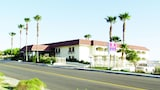 CJ Grand Hotel & Spa - Desert Hot Springs Hotels