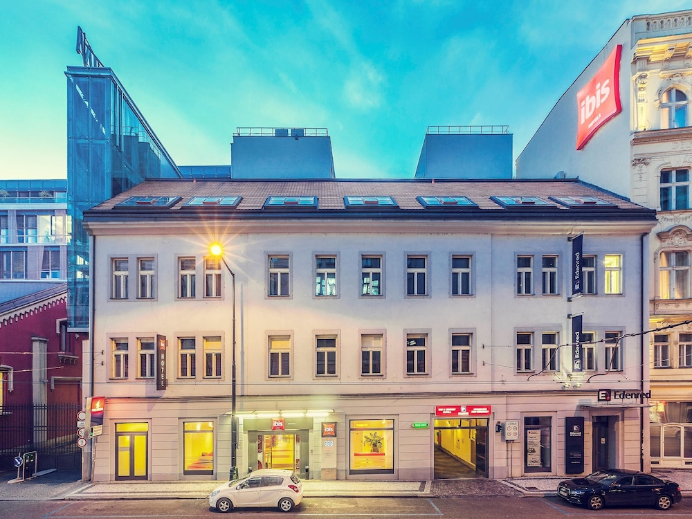 Ibis praha old town prague na porici 5 11000 for Hotel reservation in prague
