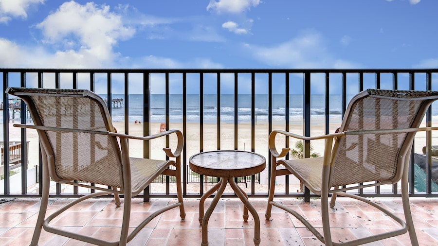 Beach Quarters Daytona