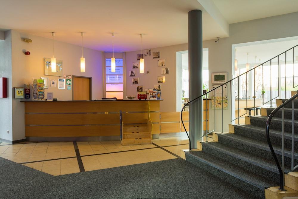 Familienhotel citylight berlin berliini hinnat huoneet for Familienhotel berlin