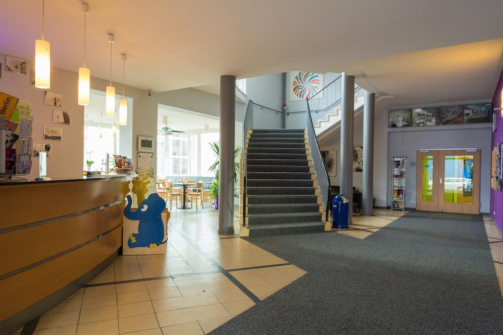 Familienhotel citylight berlin berlin hotelbewertungen for Familienhotel berlin