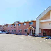 Quality Inn Near Seattle Premium Outlets