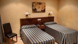Caja fuerte, escritorio, camas supletorias y wifi gratis