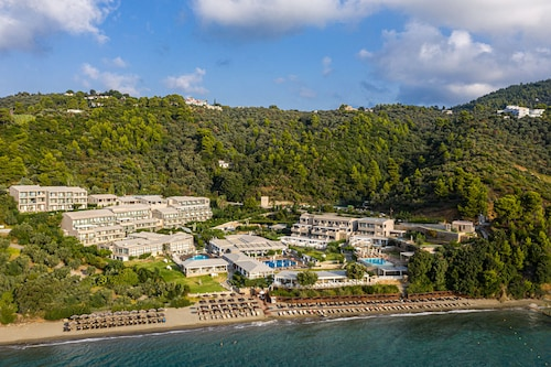 Kassandra Bay Resort, Suites & Spa