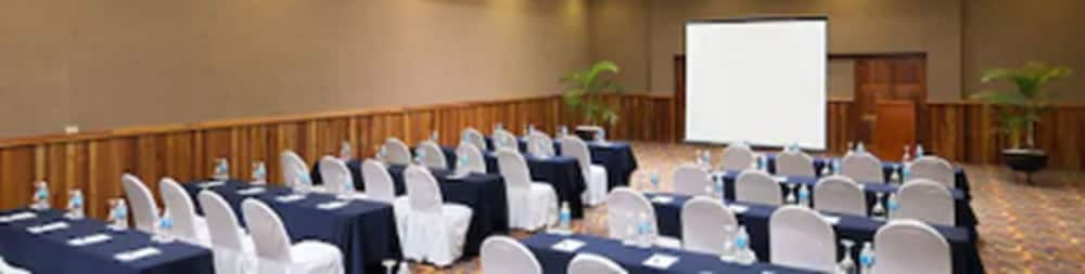 Meeting Facility, Blue Bay Grand Esmeralda All Inclusive