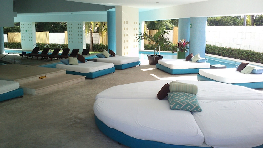 Spa, Blue Bay Grand Esmeralda All Inclusive