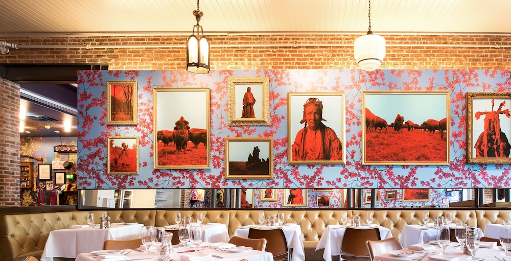 Restaurant, 21c Museum Hotel Louisville - MGallery