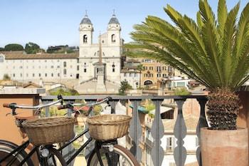 Via Bocca di Leone 23, Rome, 00187