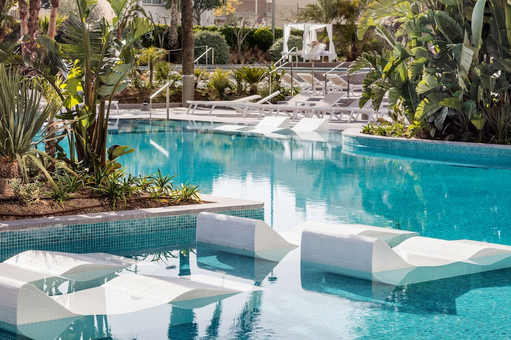Outdoor Pool, AQUA Hotel Silhouette & Spa - Adults Only