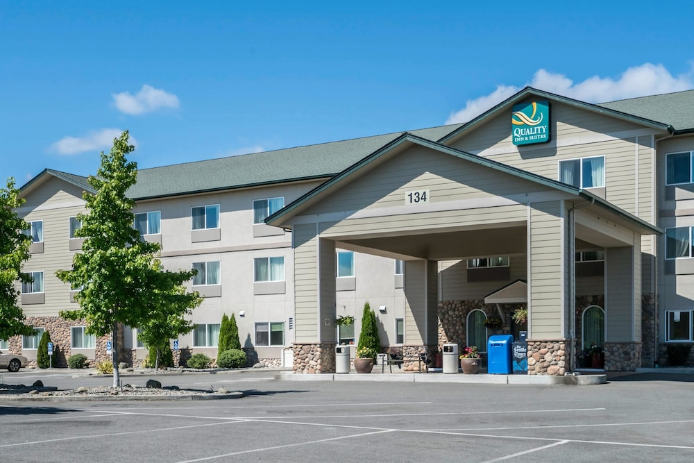 Featured Image, Quality Inn & Suites at Olympic National Park