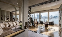 Four Seasons Hotel Hong Kong (8 of 81)