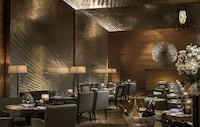 Four Seasons Hotel Hong Kong (33 of 81)