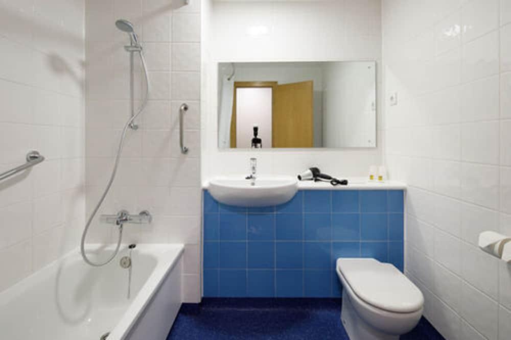 Vasca Da Bagno In Francese Traduci : Hotel americain parigi francia expedia