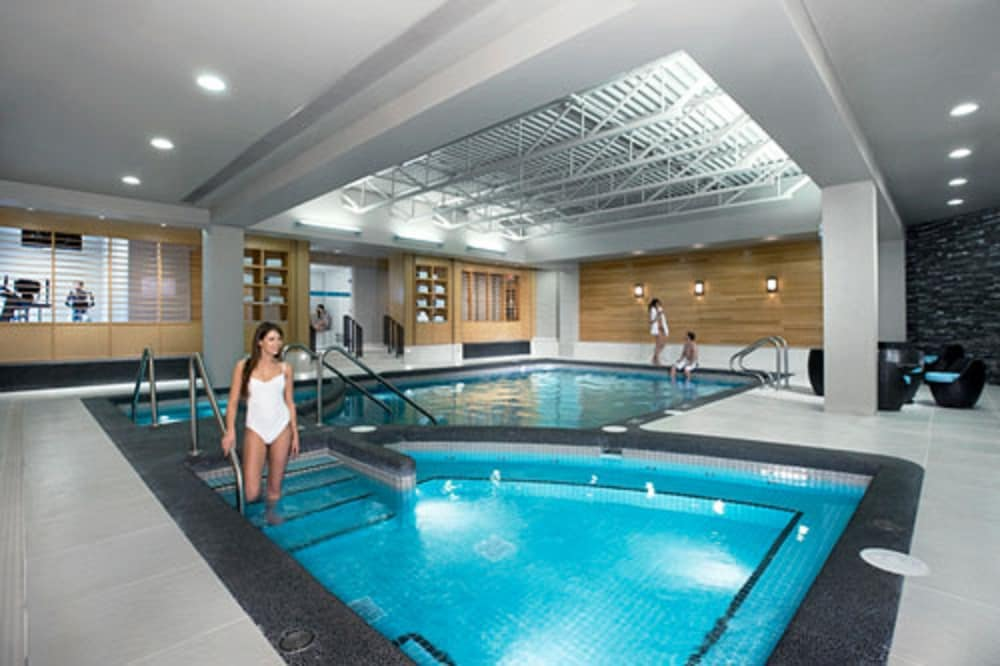 Indoor Pool, Bow View Lodge