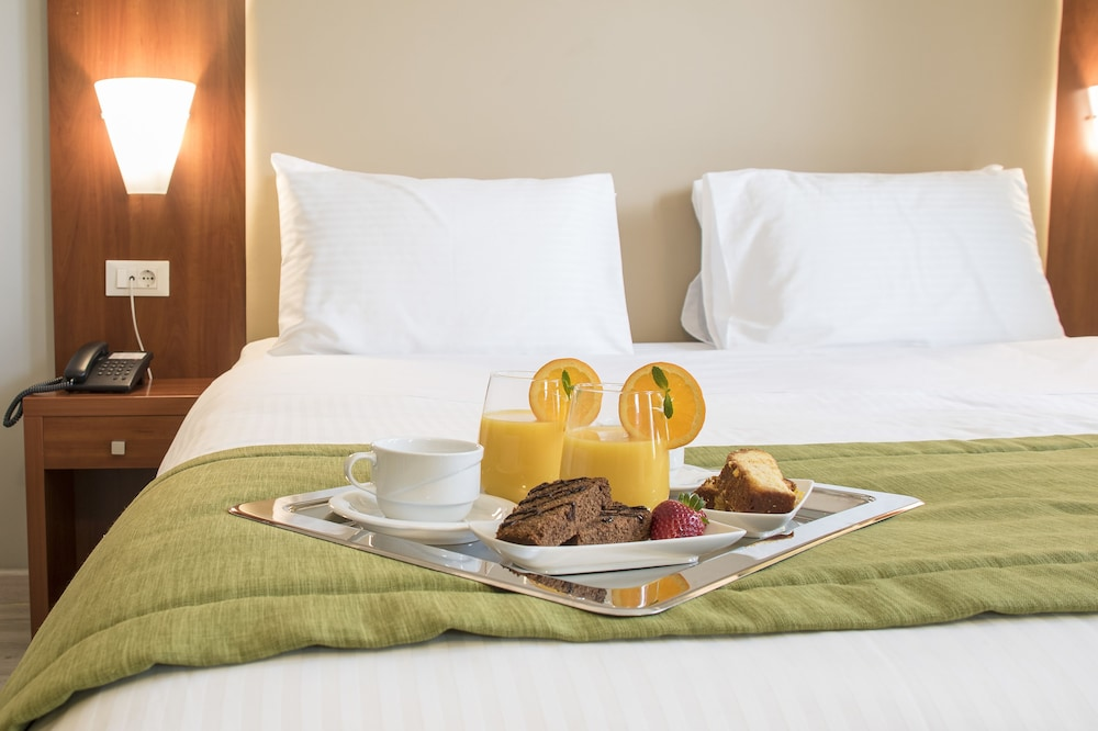 Room Service - Dining, Polis Grand Hotel