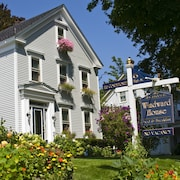 Camden Windward Inn