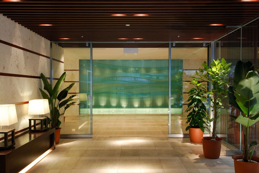 Property Entrance, Hotel JAL City Naha