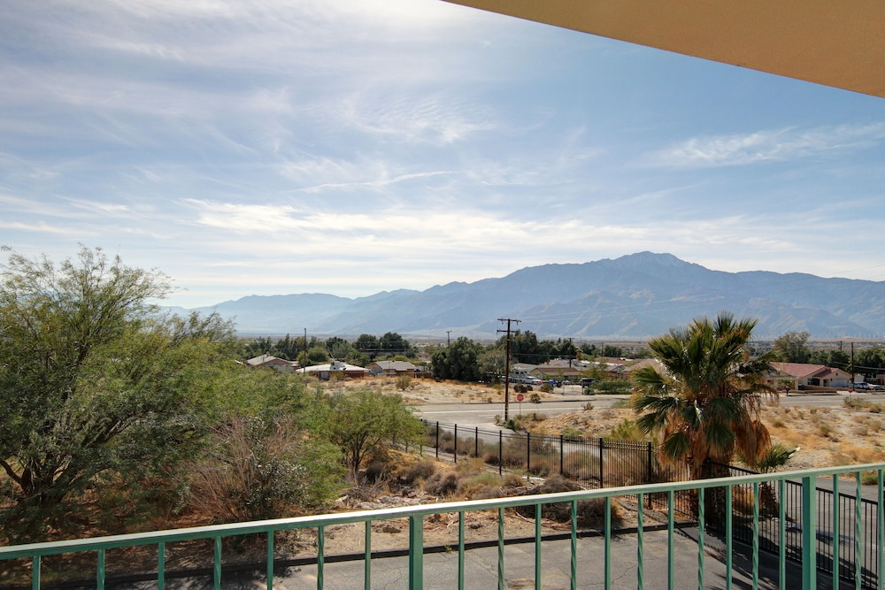 Balcony View, Desert Hot Springs Spa Hotel
