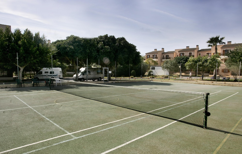 Tennis Court, Albir Garden Resort