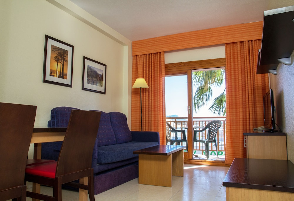 Living Room, Albir Garden Resort
