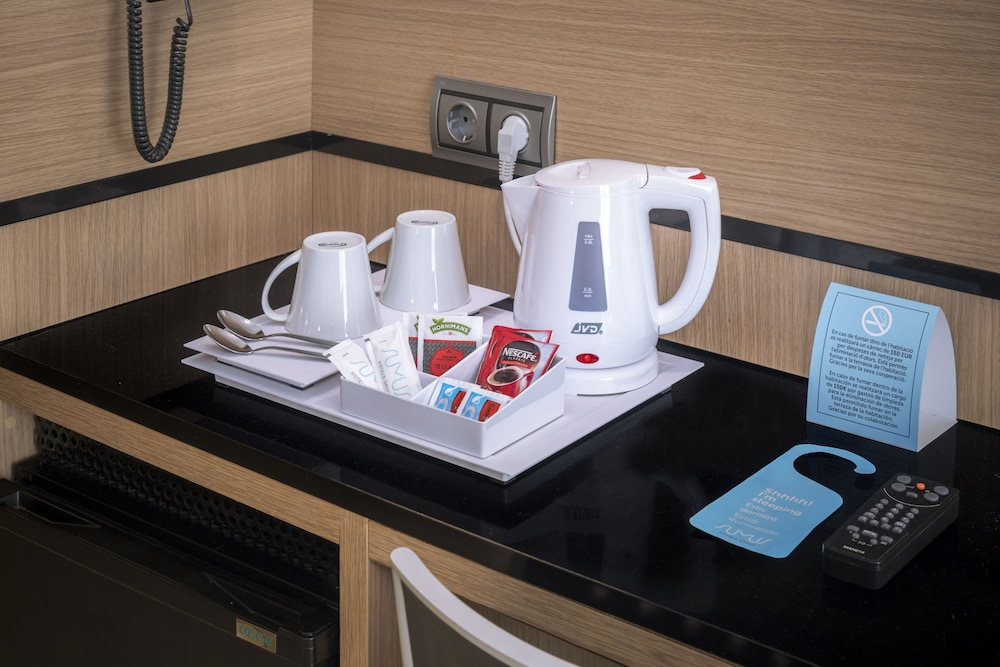 Coffee and/or Coffee Maker, Sumus Hotel Monteplaya Adults Only