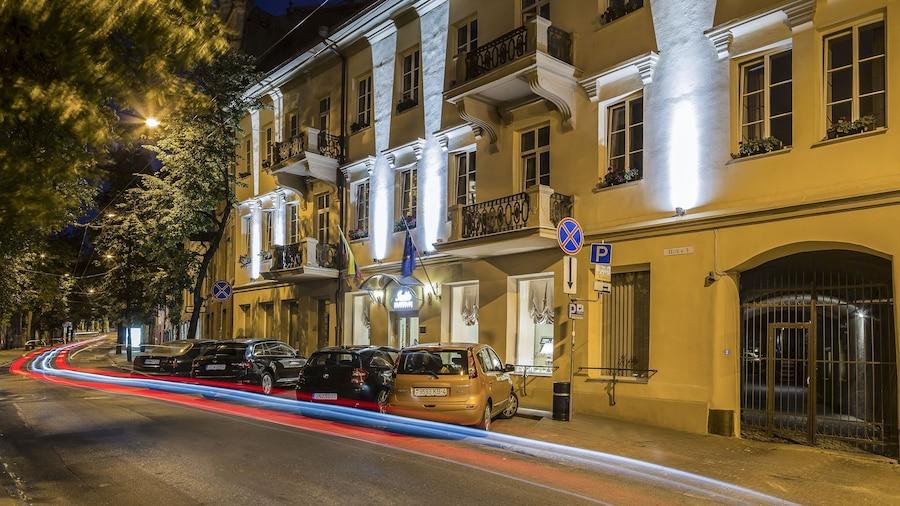 IVOLITA Vilnius Hotel