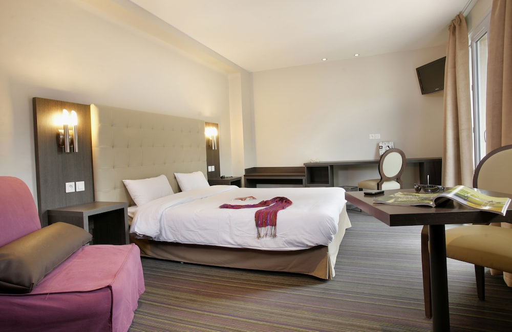 inter hotel perpignan sud le grillon d 39 or in le boulou hotel rates reviews on orbitz. Black Bedroom Furniture Sets. Home Design Ideas