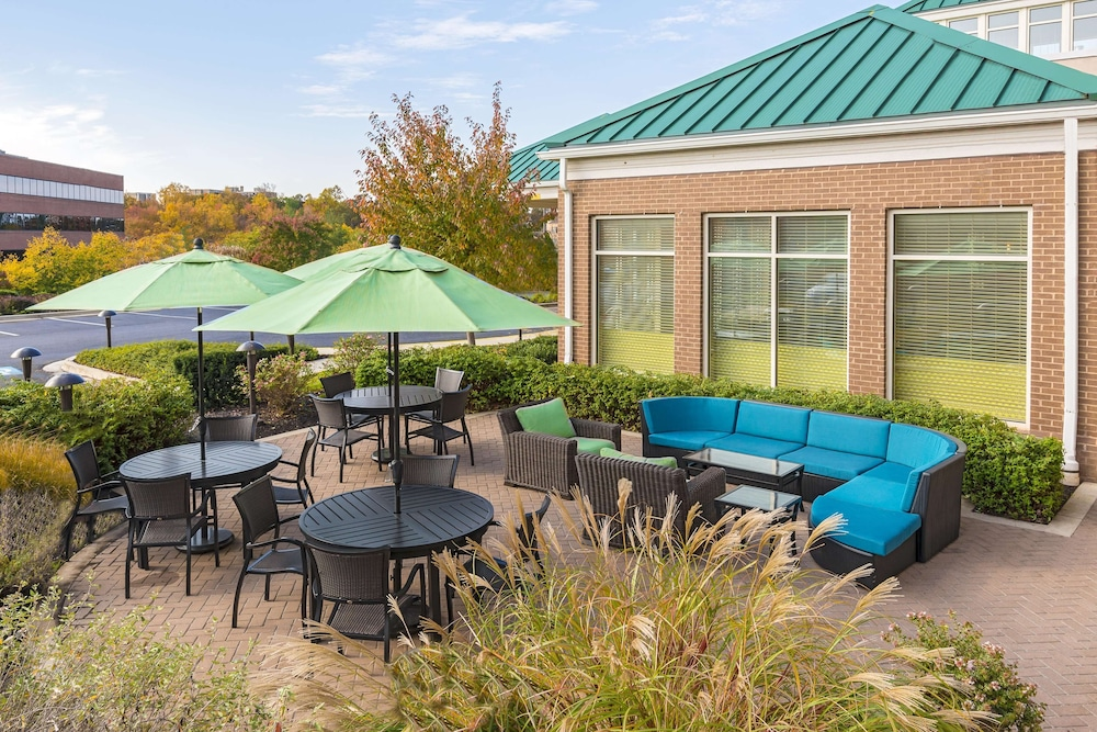 Terrace/Patio, Hilton Garden Inn Washington DC/Greenbelt
