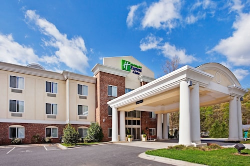 Holiday Inn Express Hotel & Suites Cherokee / Casino, an IHG Hotel