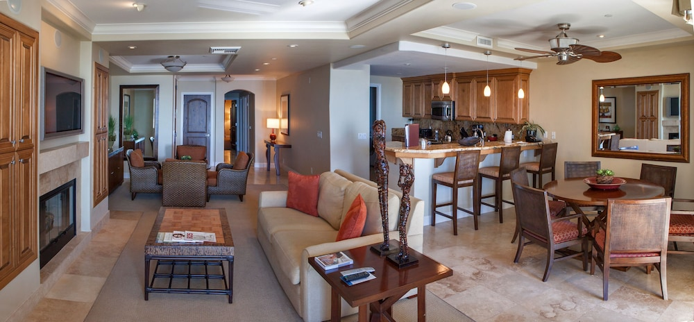 Living Area, Dolphin Bay Resort And Spa
