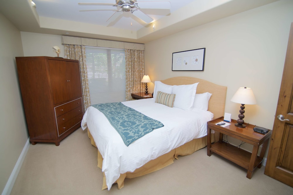 Room, Dolphin Bay Resort And Spa