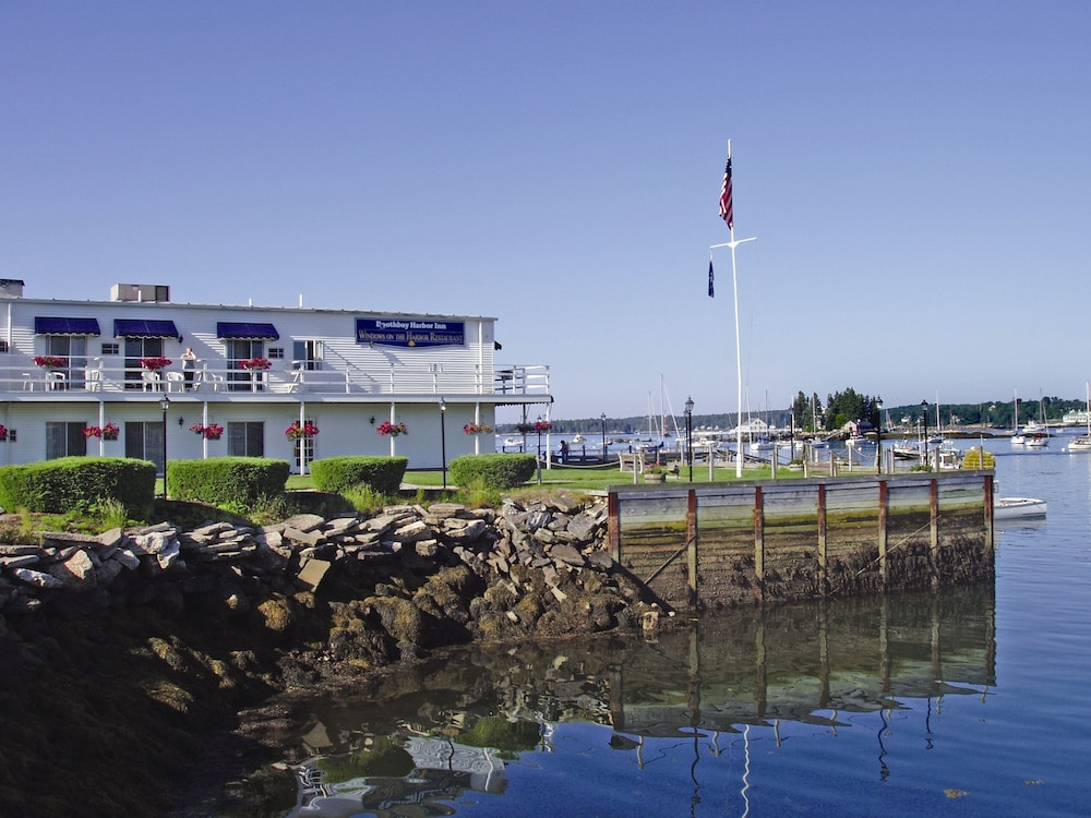 Exterior, Boothbay Harbor Inn