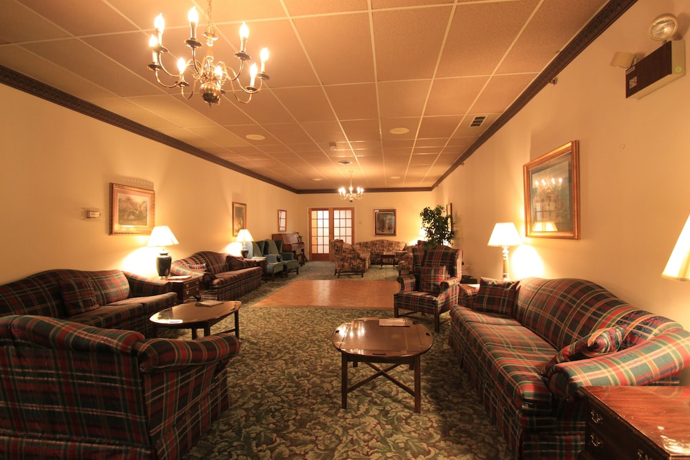 Lobby, Boothbay Harbor Inn