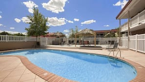 Seasonal outdoor pool, open 11:00 AM to 6:00 PM, free cabanas
