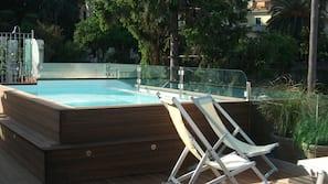 Bain à remous extérieur