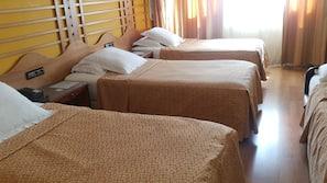 5 dormitorios, ropa de cama de alta calidad, caja fuerte y escritorio