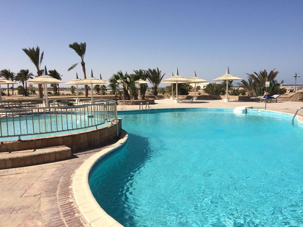 hurghada coral beach hotel reviews photos rates. Black Bedroom Furniture Sets. Home Design Ideas