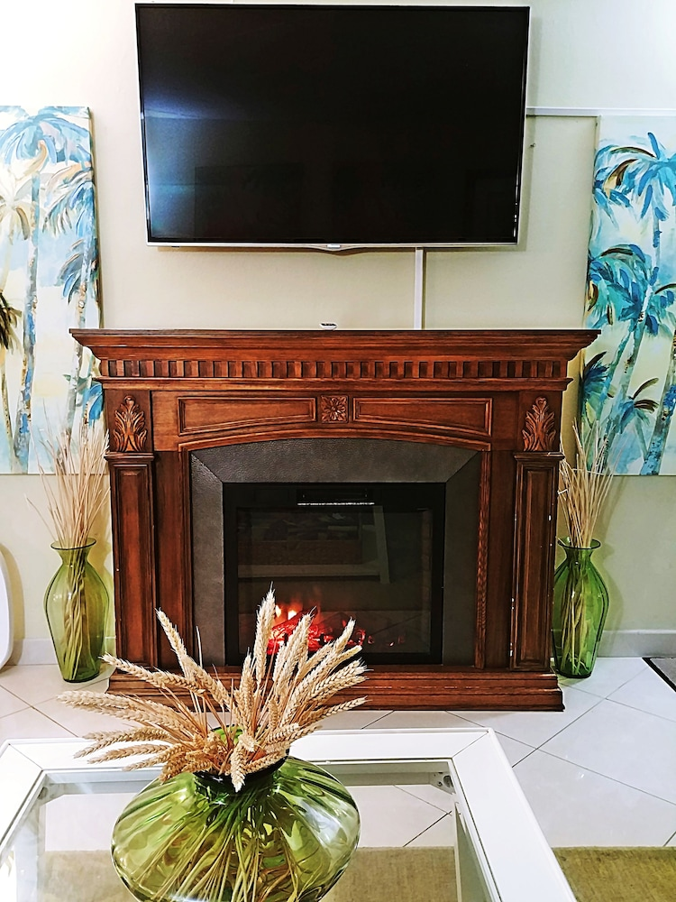 Fireplace, Emerald Shores Resort