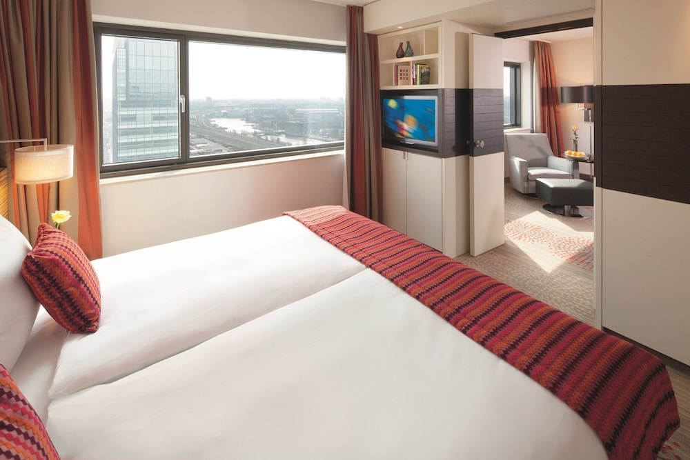 movenpick hotel amsterdam city centre 2019 room prices. Black Bedroom Furniture Sets. Home Design Ideas