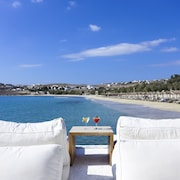 Aphrodite Beach & Resort