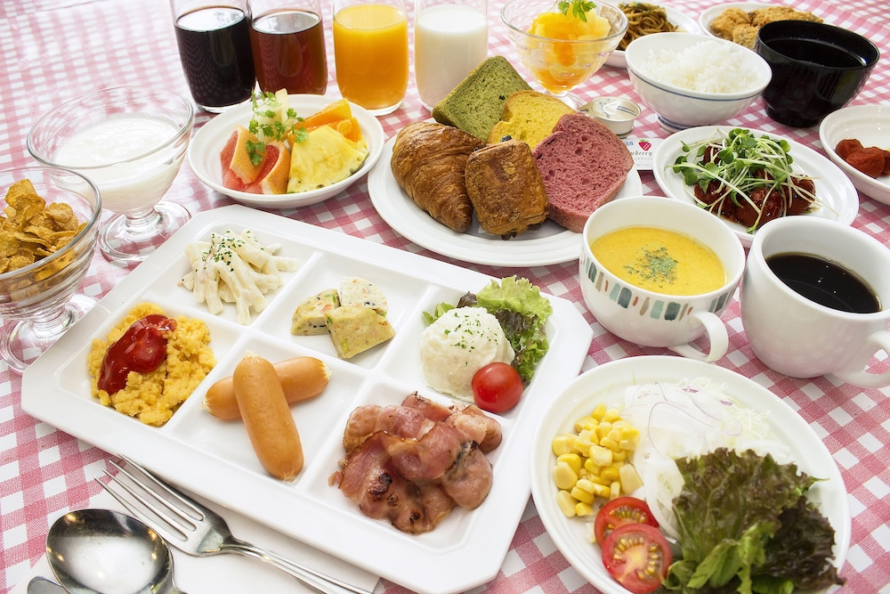 Breakfast buffet, Hearton Hotel Kyoto