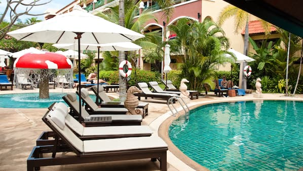 2 outdoor pools, open 8:30 AM to 8:00 PM, pool umbrellas