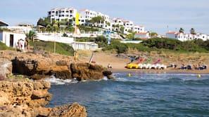 Ubicación cercana a la playa, submarinismo, buceo con tubo y kayak